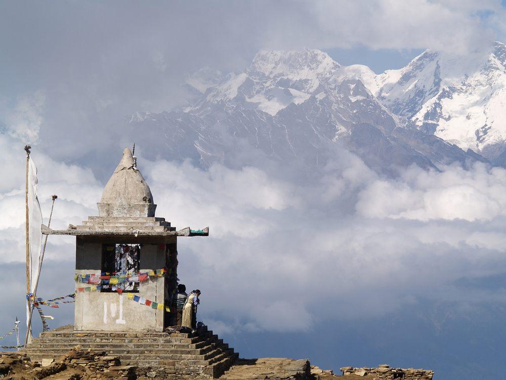 Into the mountains: Gosaikunda Temple
